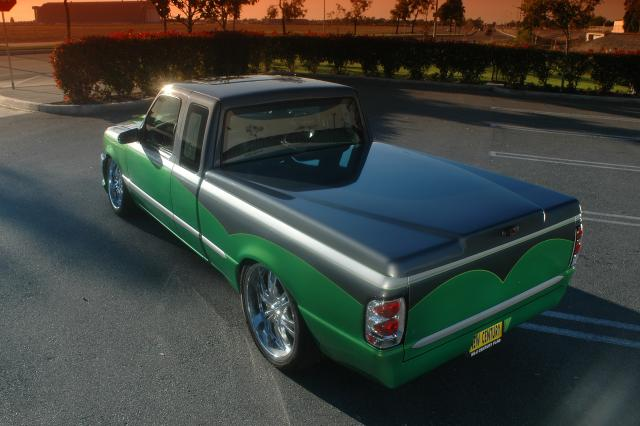 Leer Truck Tonneau Cover 700 | Niagara TRUCK 'n' Stuff